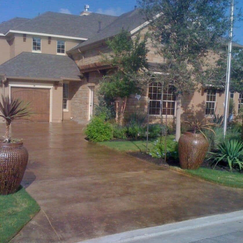 stained driveway and approach new braunfels